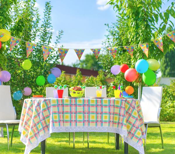 outdoor summer birthday party
