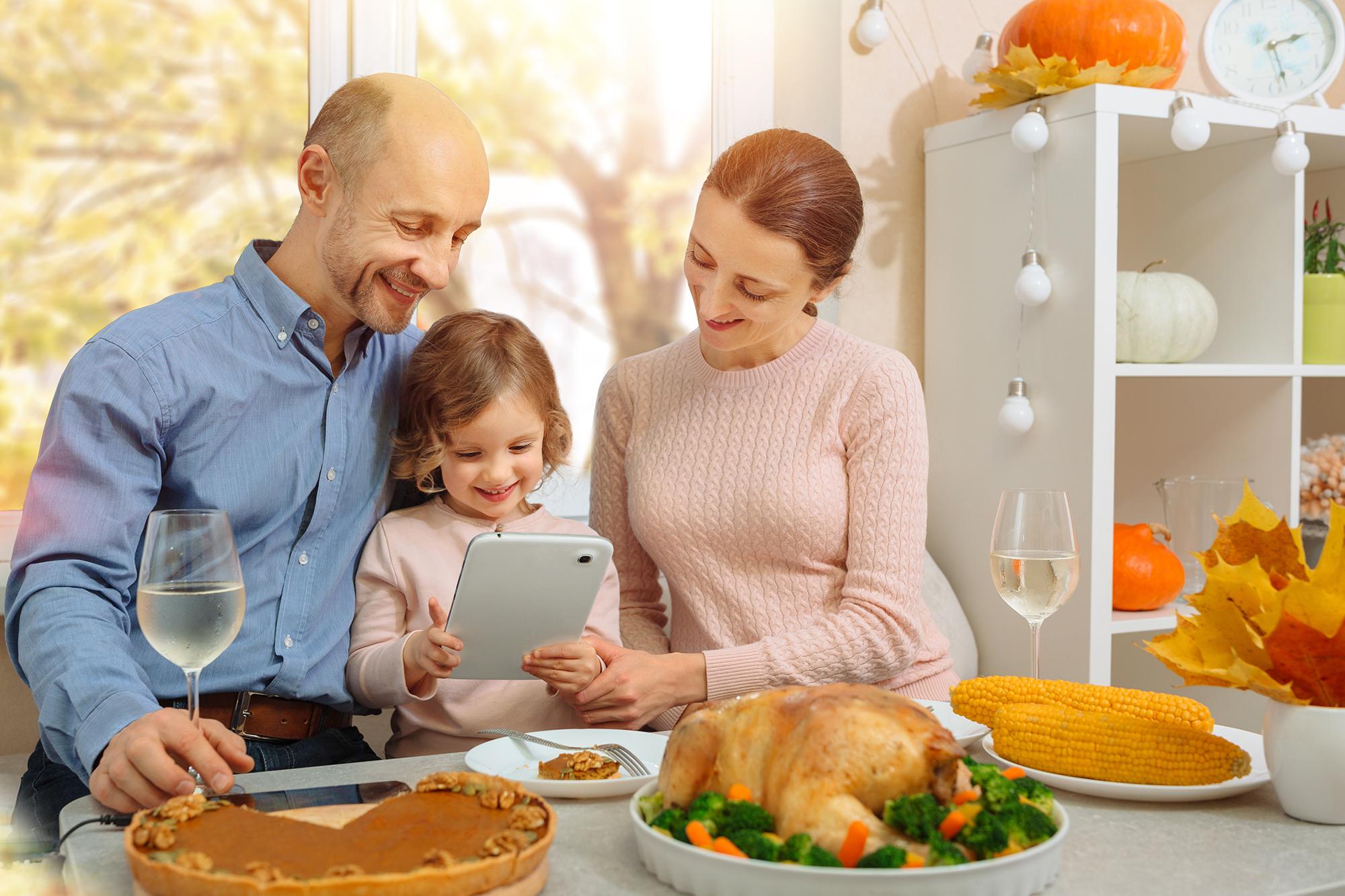 10 Long-distance Thanksgiving Celebration Ideas