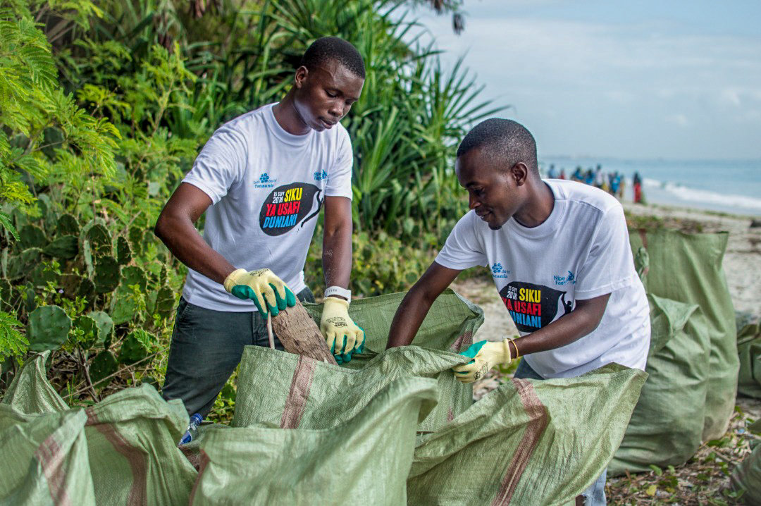Volunteers during World Cleanup Day, 2018. Photo Credits: Bin Hussein