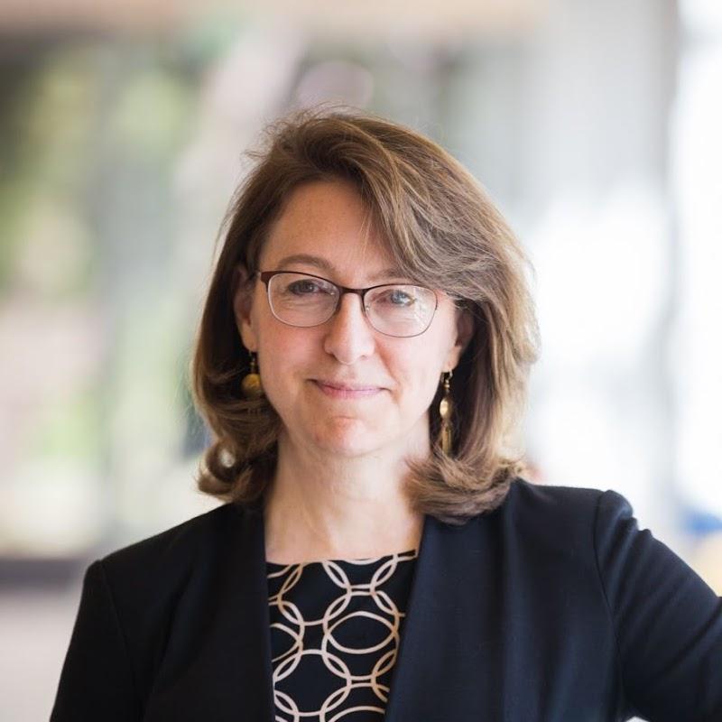 Dr Melissa Hunt