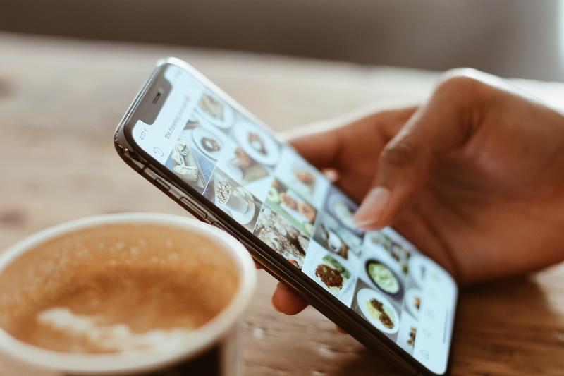 Pourquoi le contenu produit devient le roi des réseaux sociaux ?