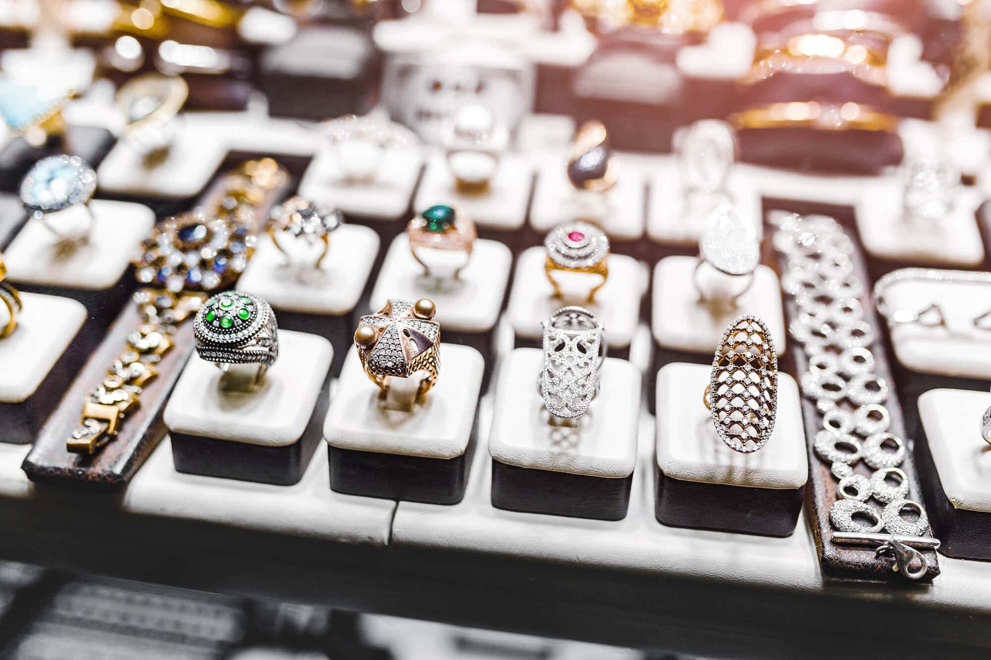 4 técnicas de apresentação de joias que facilitam a compra