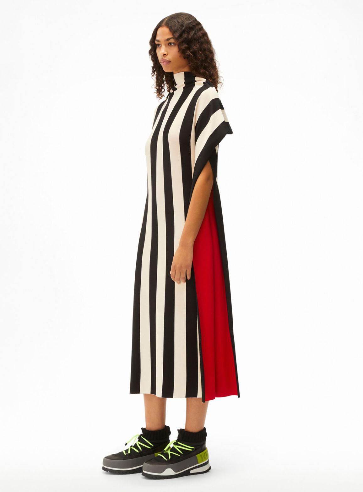 Long drapes striped dress