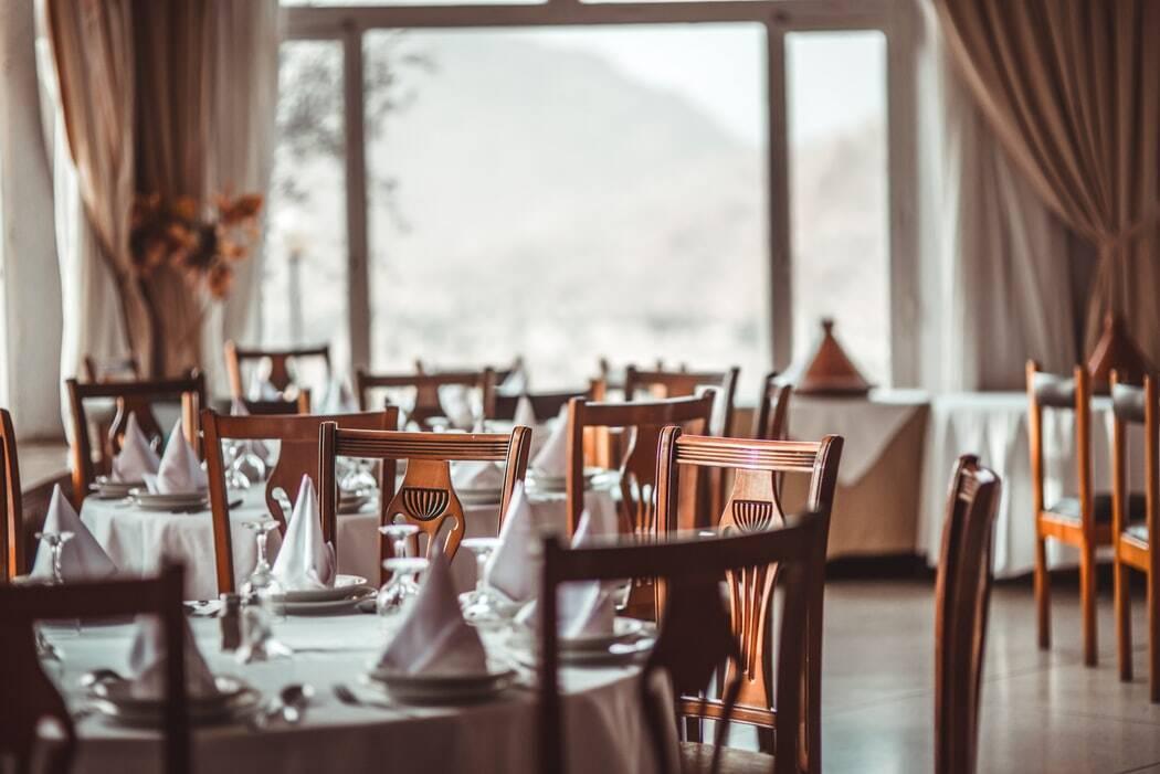 Soutien aux restaurateurs : profitez de vos restaurants lyonnais depuis chez vous !