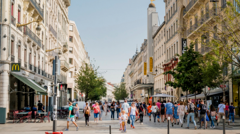6 lyonnaises célèbres qui ont donné leurs noms à une rue !