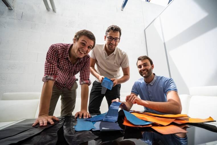 ICTYOS : la start-up lyonnaise qui produit du cuir marin en recyclant les peaux de poissons à sushis