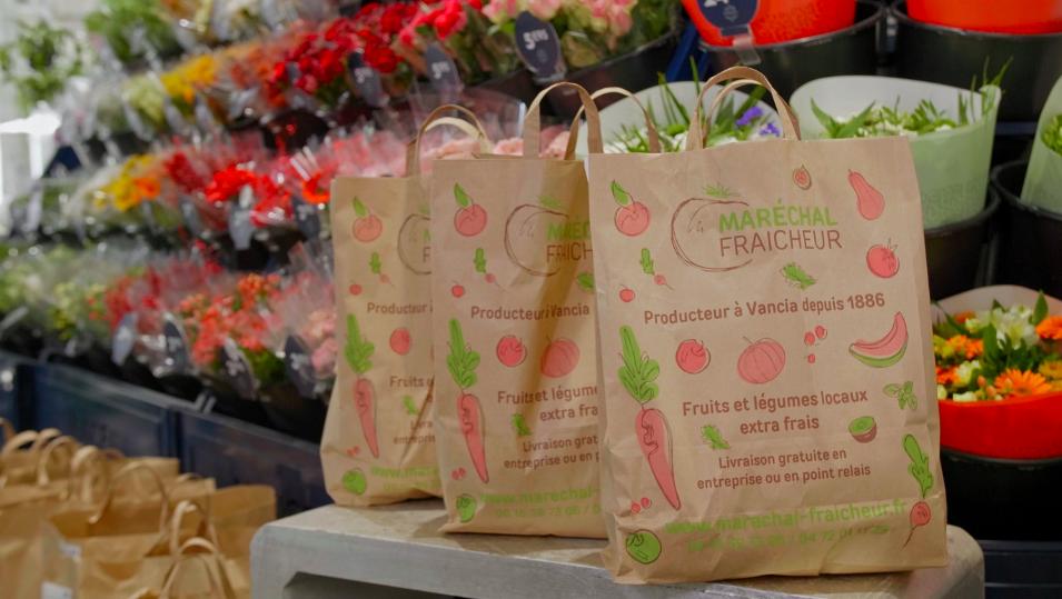 Maréchal Fraîcheur : maraîchers de père en fils, vous livrent des paniers de produits frais et locaux à Lyon.