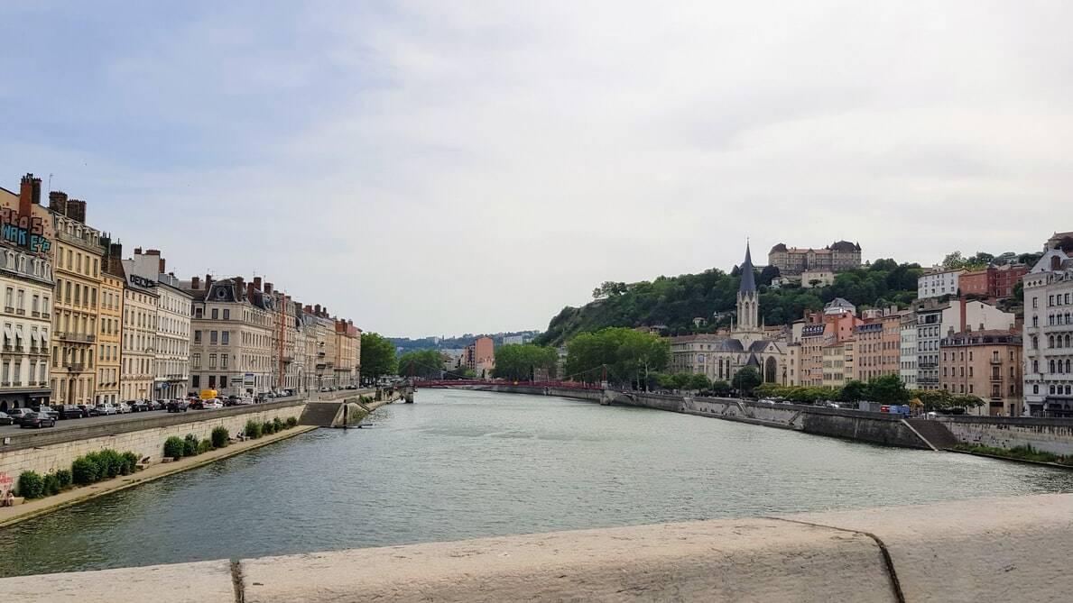 Le youtubeur-voyage Bruno Maltor a sorti une vidéo originale pour découvrir la vie à Lyon !