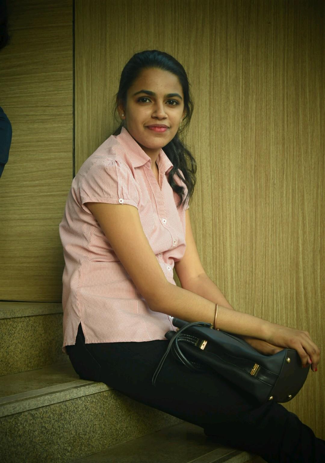 Pratyusha ACDS Course creator at PaperVideo