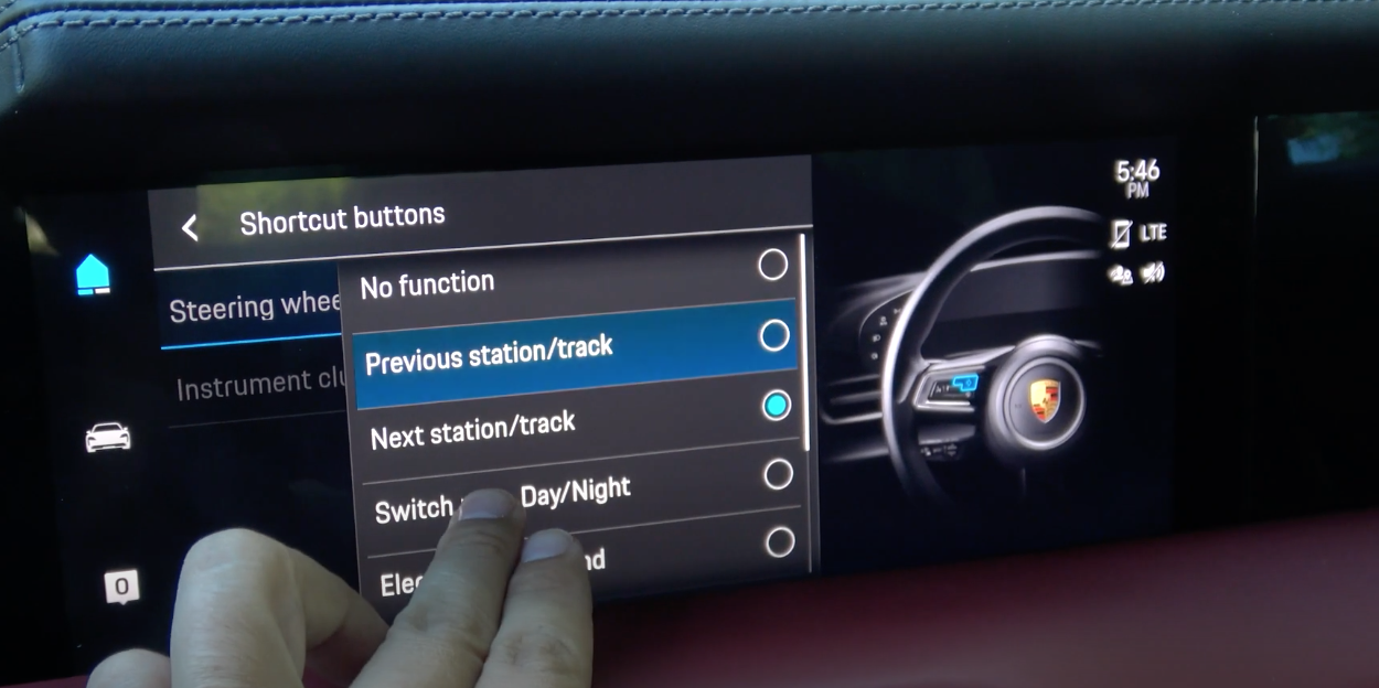 Shortcuts settings for the steering wheel