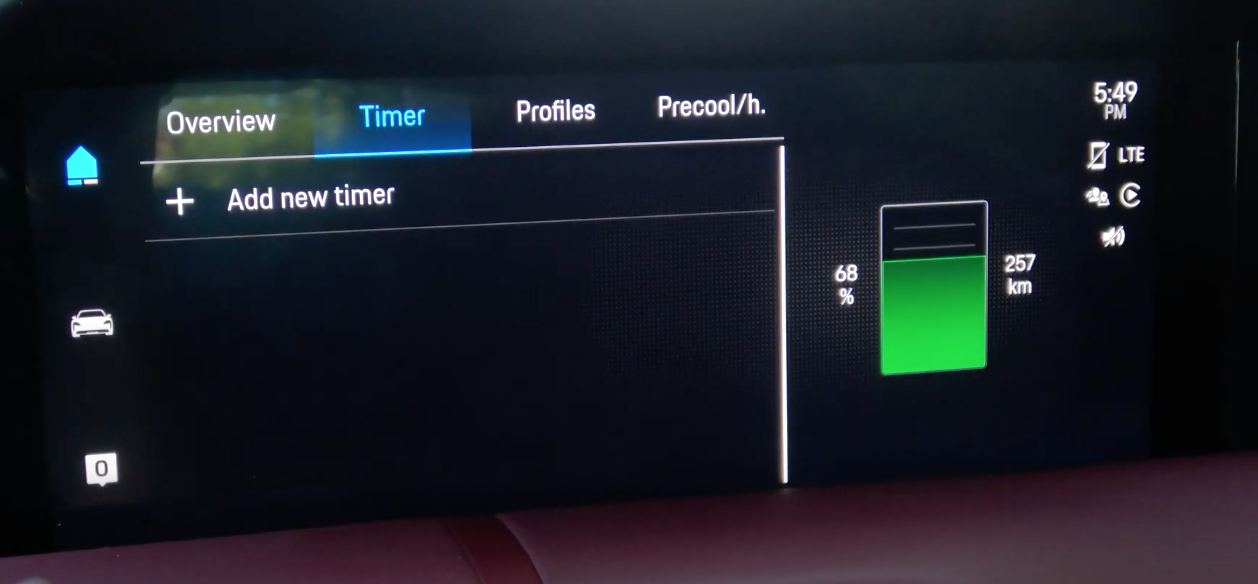Settings page to set a timer for charging a car and the current charging level