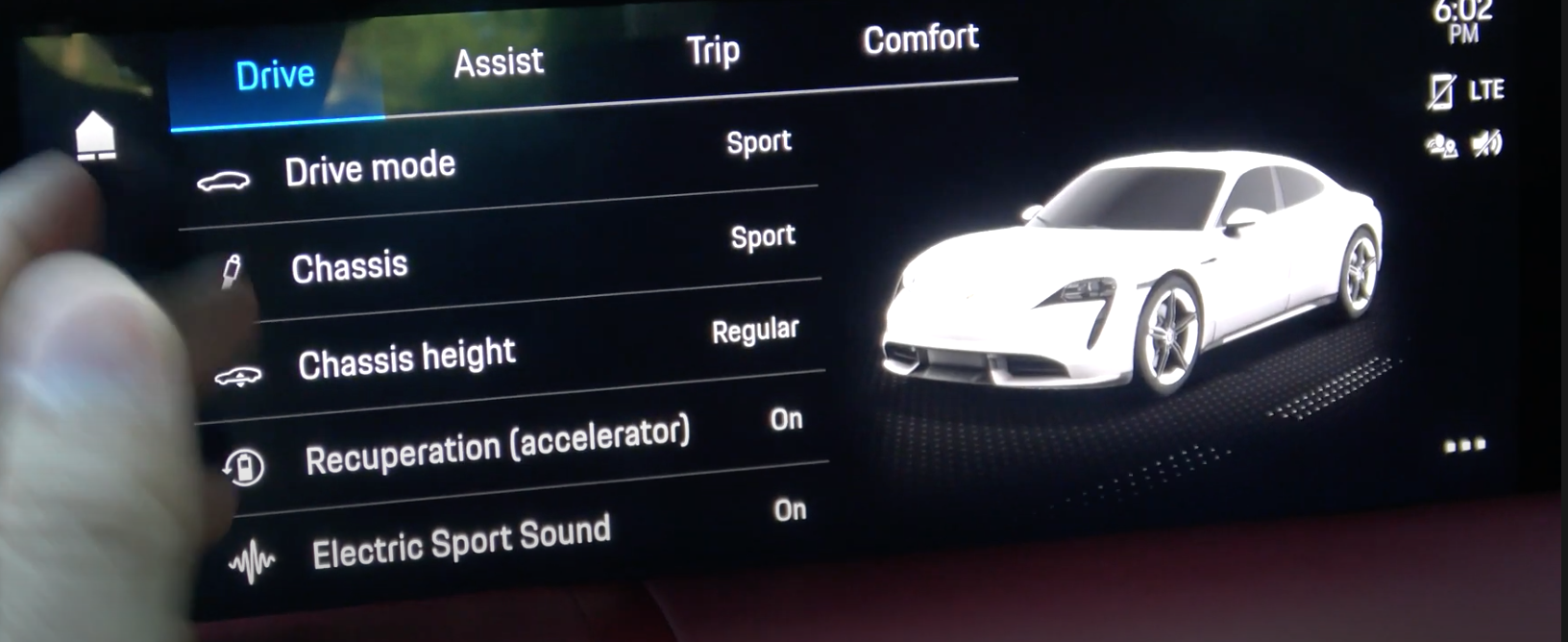 Adjusting the driving mode along with chassis, height, recuperations and driving sound