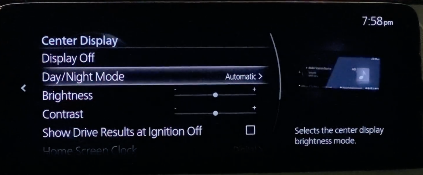 Setting up the contrast of the infotainment display