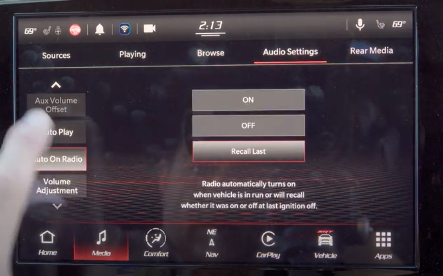 Driving preset settings for the radio so that it can automatically turn on when vehicle is on