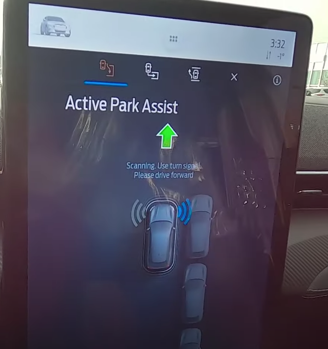 Active park assist page to direct a user from start to finish