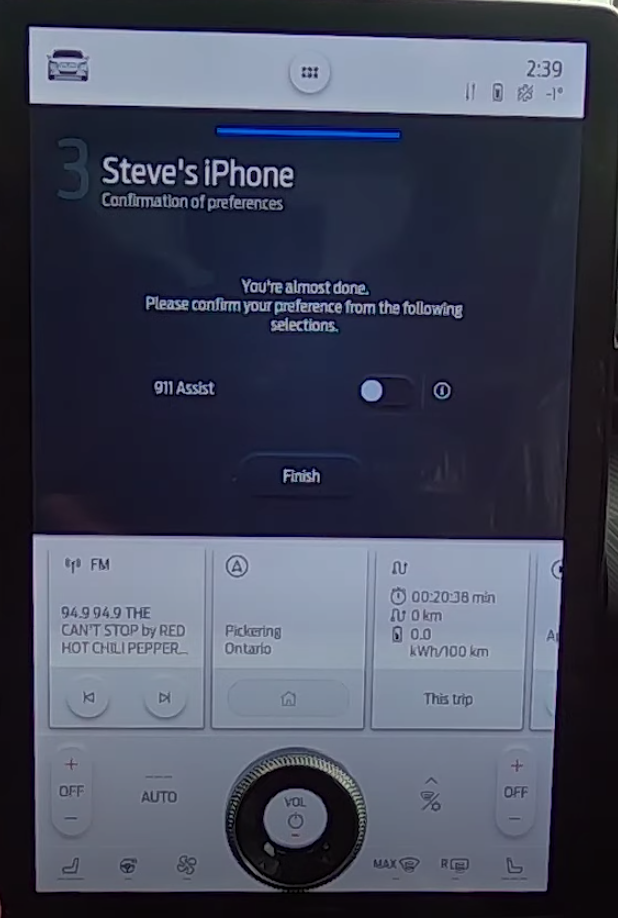 Notification informing a user that they can enable Apple Carplay through their iPhone