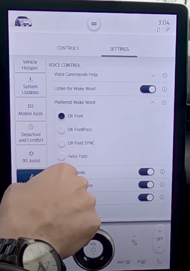 Selecting the wake word for the voice assistant through a small list of options
