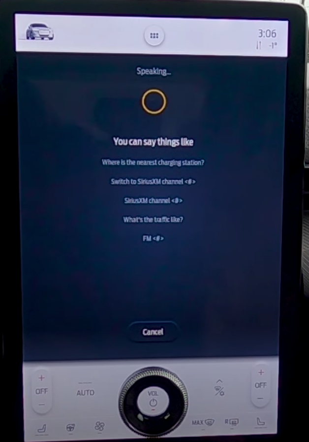 Circular animation of a voice assistant that is speaking back to a user