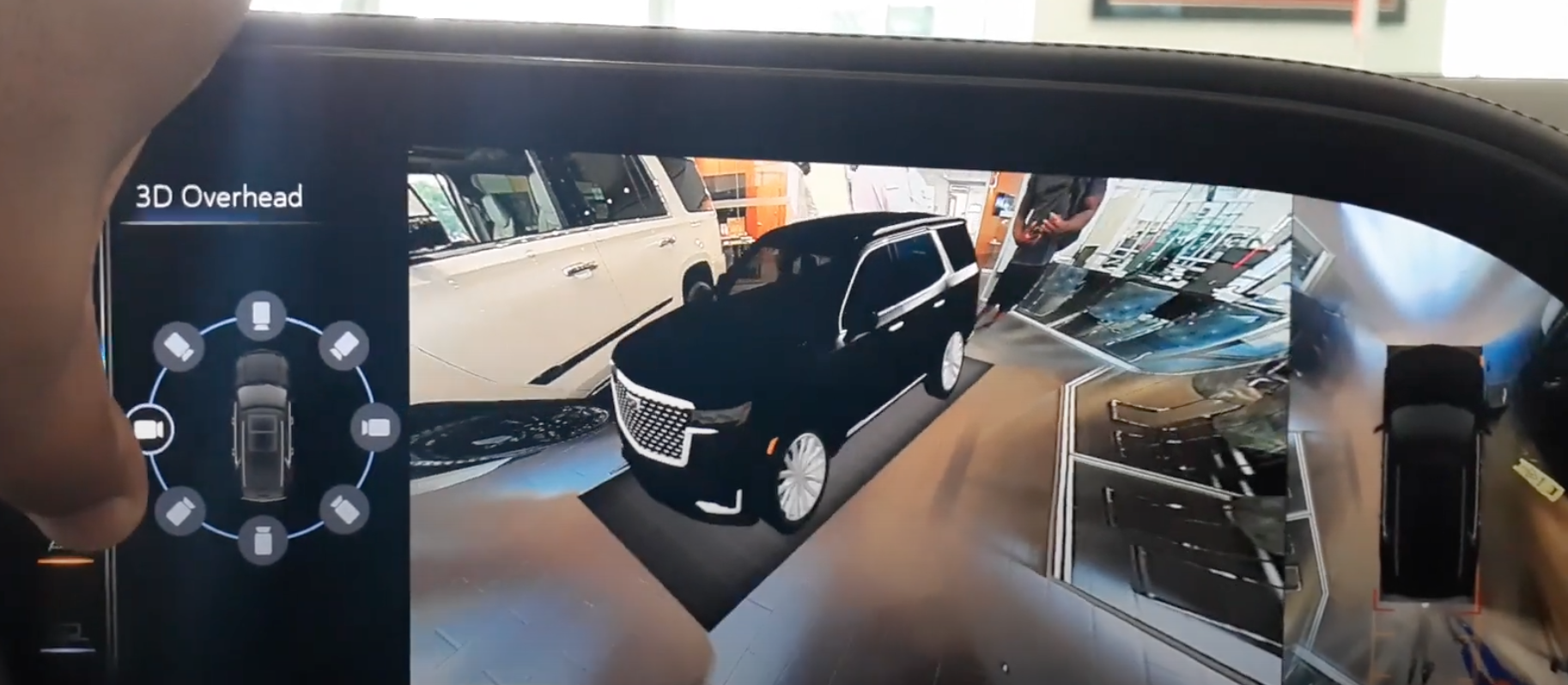 360 camera showing the side of the 3D model of the car on the infotainment screen