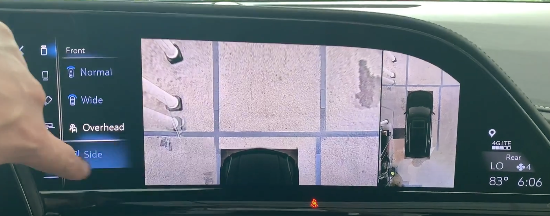 Top camera view displayed on the infotainment screen