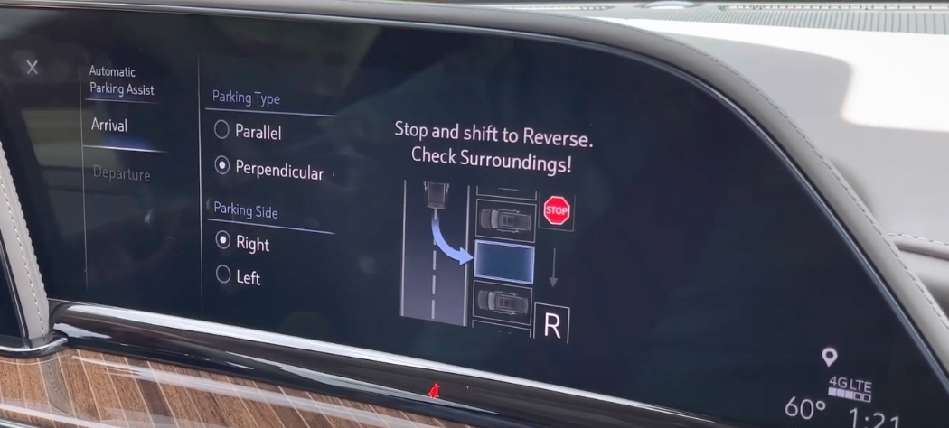 Automatic parking assist page with an illustration indicating steps to take to park