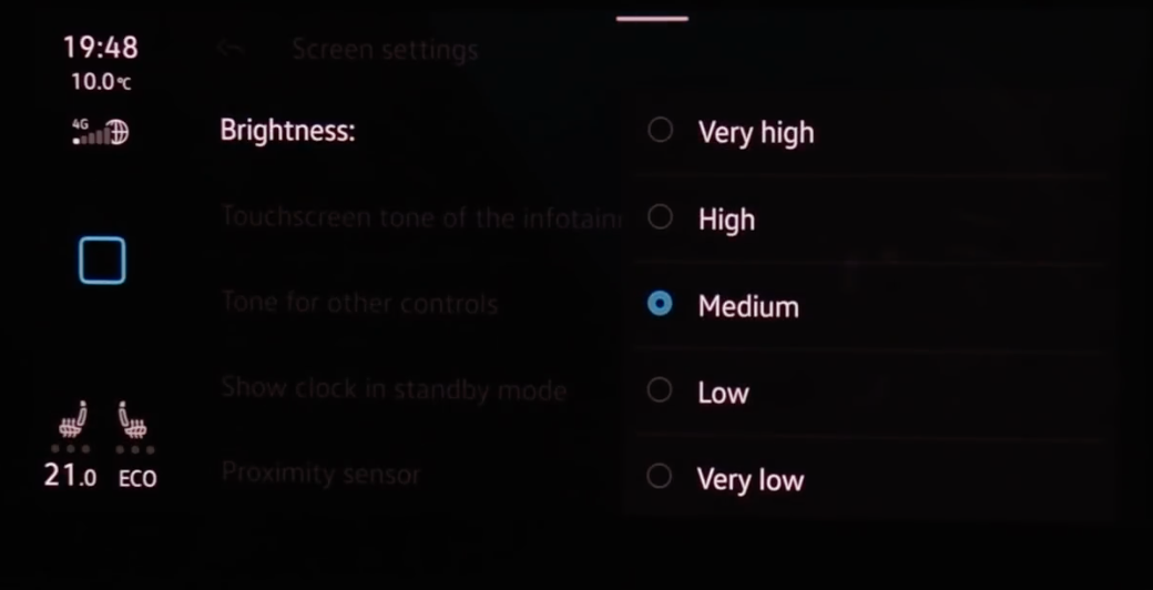 Adjusting the screen brightness from a list of options starting from very high to very low