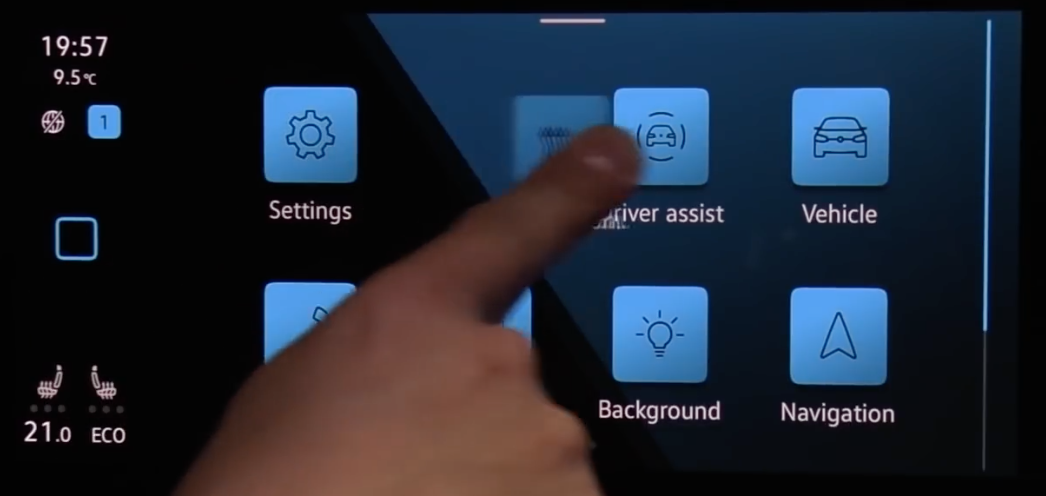 Customizing the app screen through dragging app icons to a new desired location