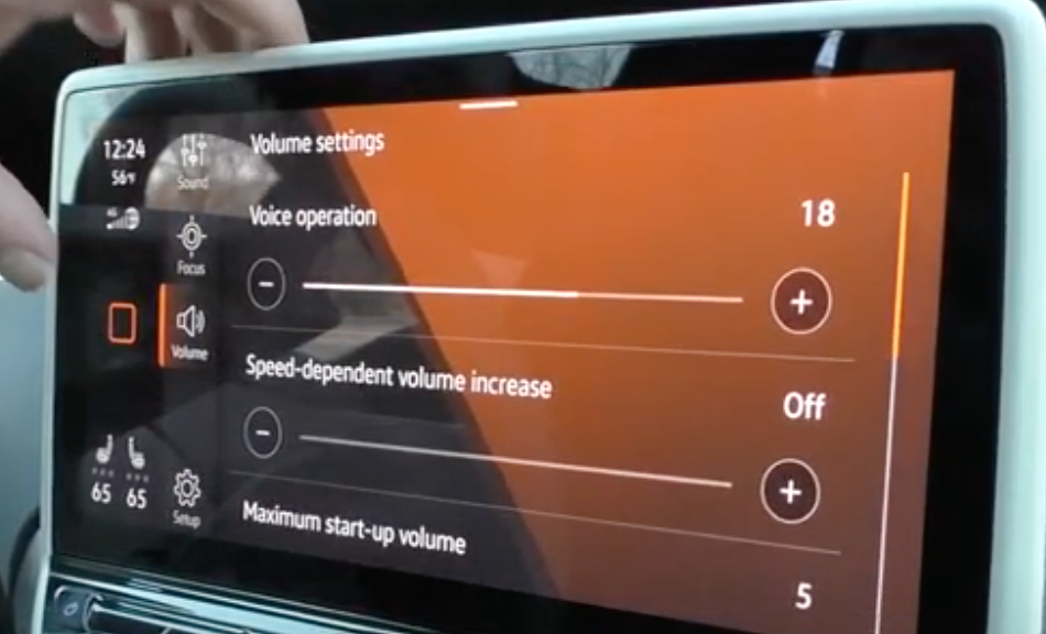 Volume settings for the voice assistant and speed-dependent volume