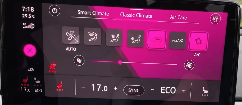 Adjusting the seat and steering wheel temperature through the climate settings