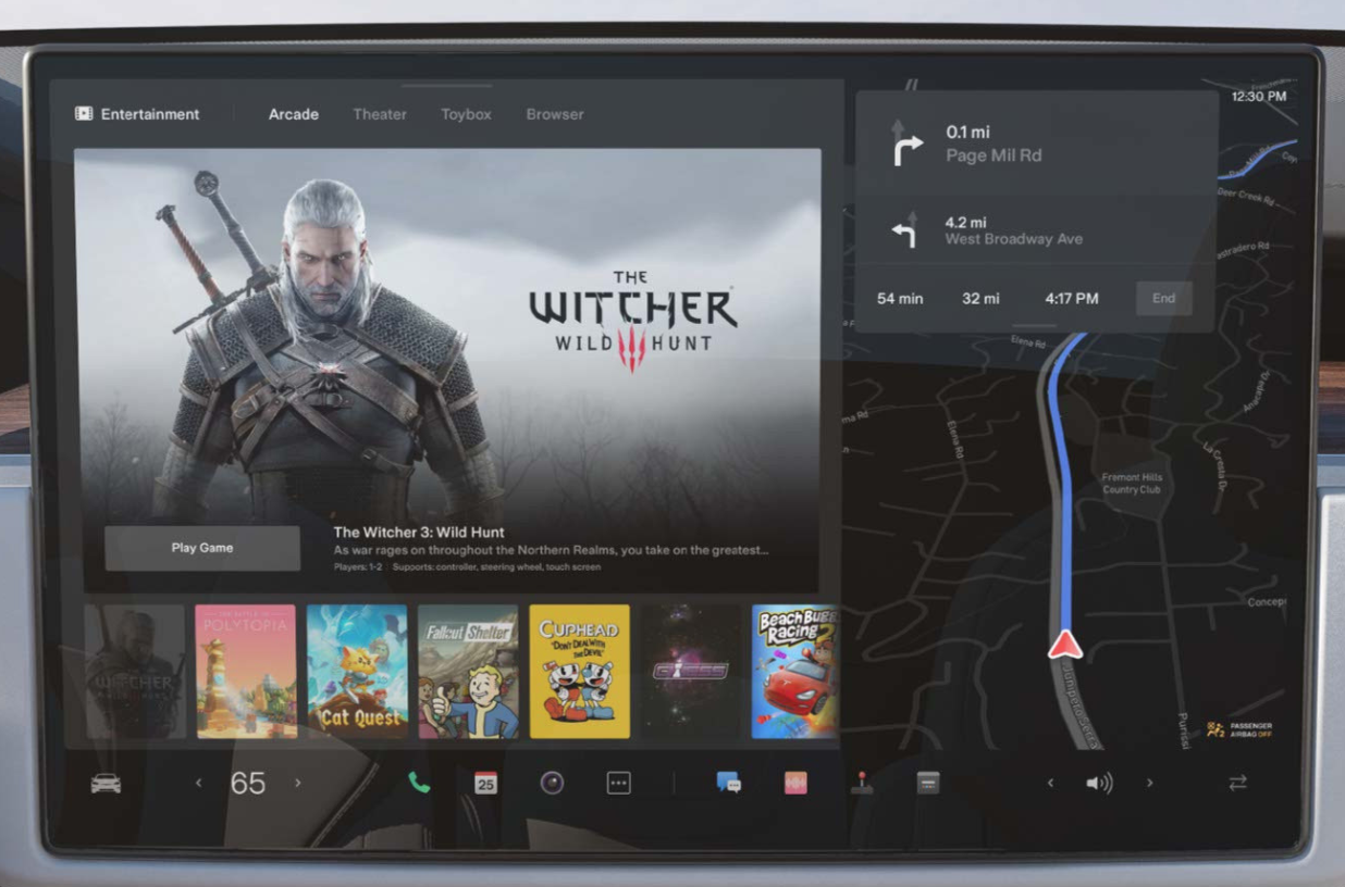 Home screen with turn by turn navigation on the right and game options on the right