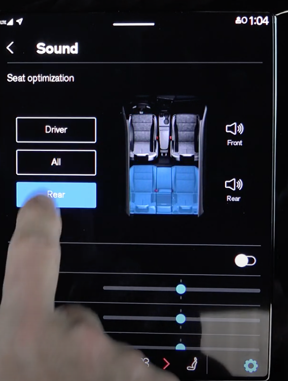 Setting up the media sound settings for rear seats