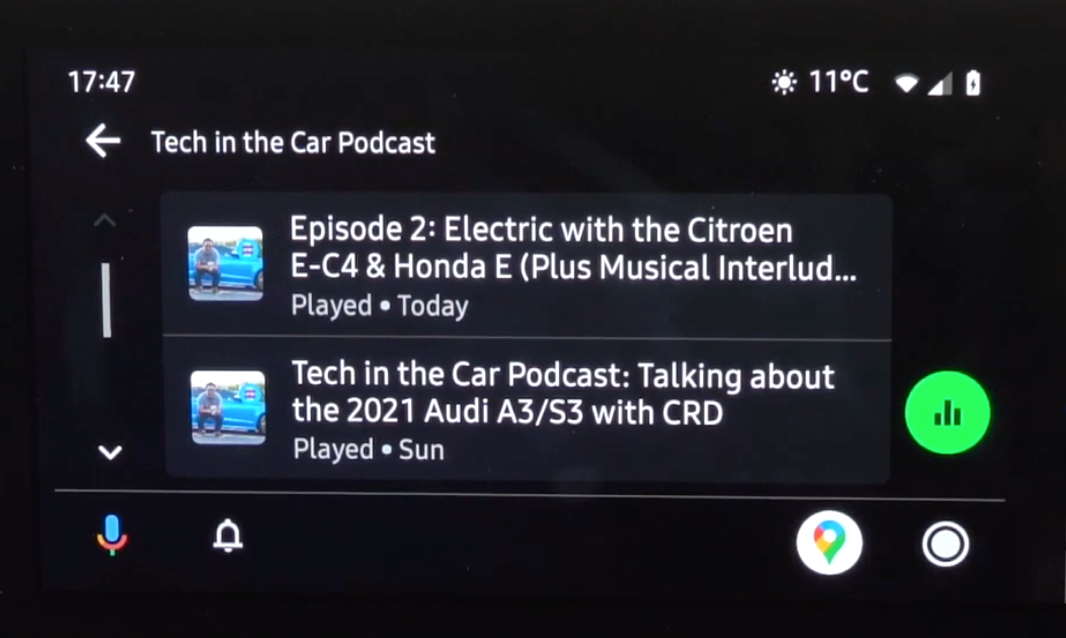 How the Android Auto interface looks on the infotainment system when listening to podcasts