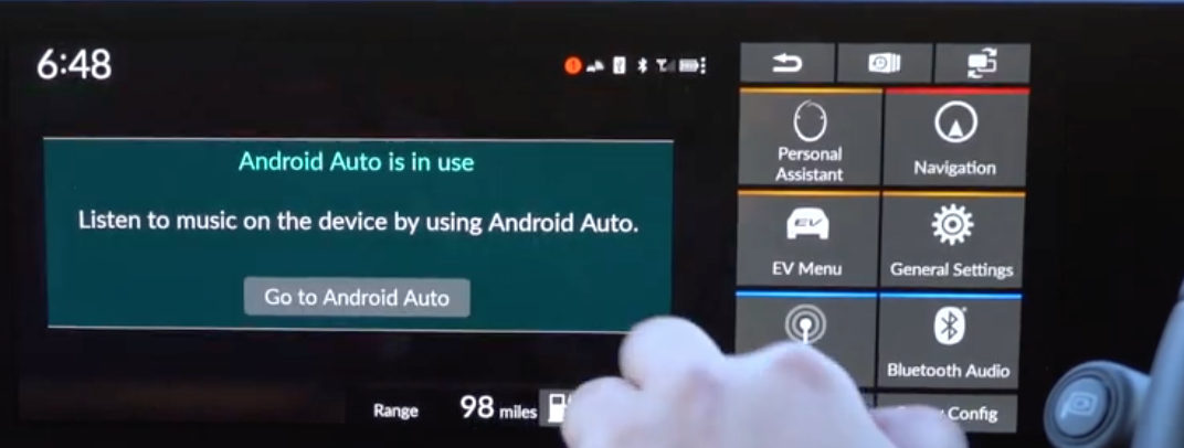 Notification letting a user know that Android Auto is in use