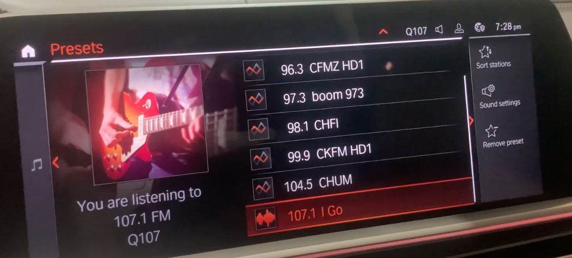Setting up radio presets from a list of stations with the current station playing on the left