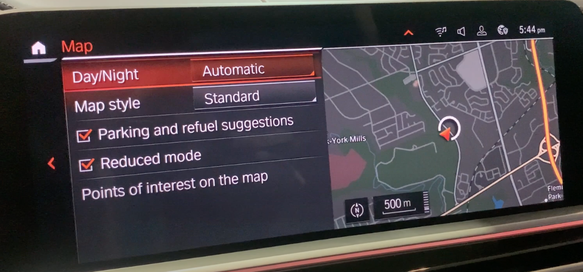 Map settings on the right such as map style with a map view on the right