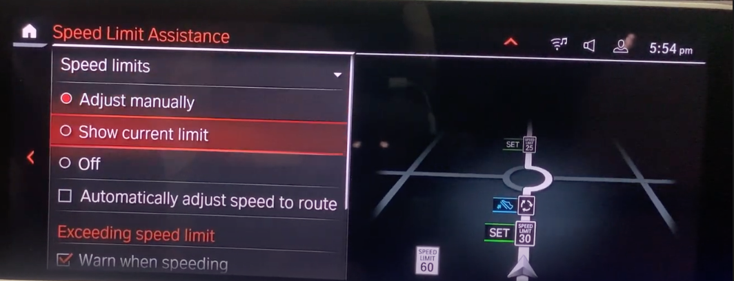 Adjusting the speed limit assistance with a map view on the right