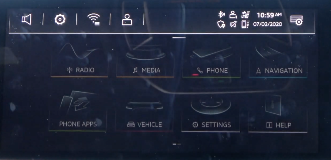 Shortcuts displayed at the top of the screen with icons indicating connectivity, privacy and sound and the time and date