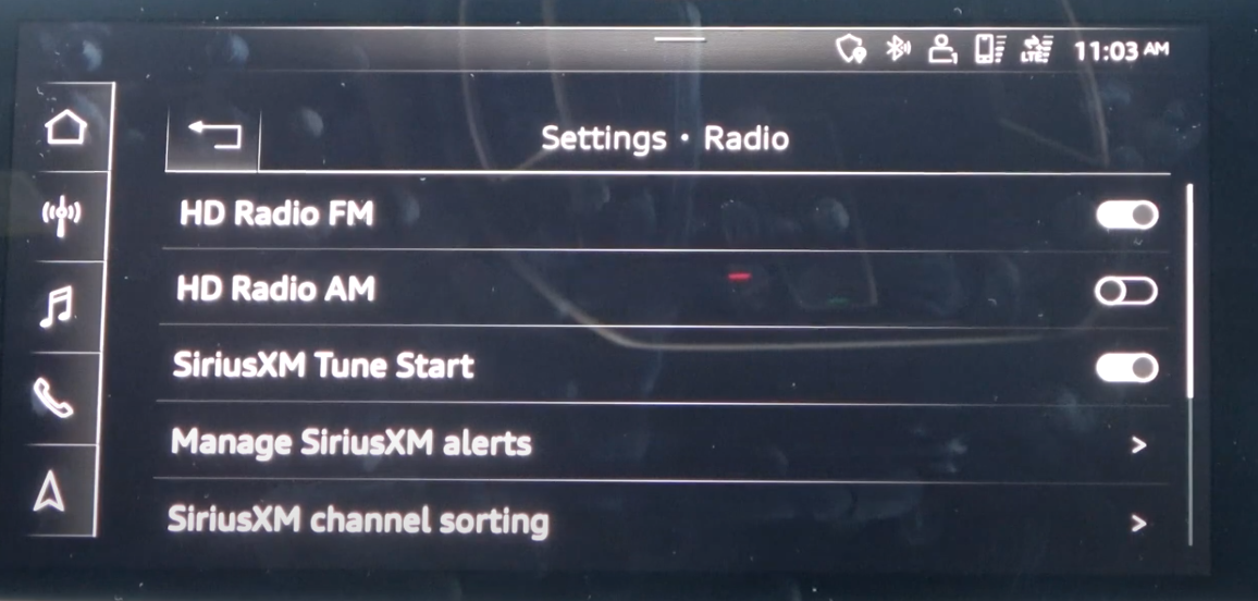 A list of Radio settings such as turning on and off AM or FM through toggles