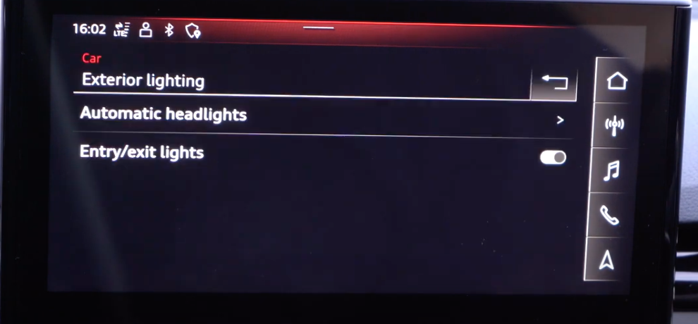 List of exterior light settings such as headlights and turning on and off entry/exit lights through a toggle