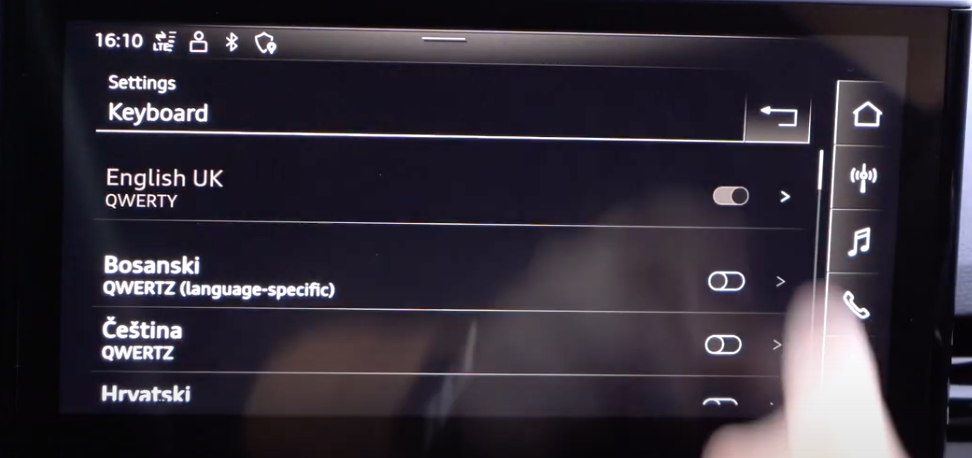 Keyboard language settings and a list of languages to choose from