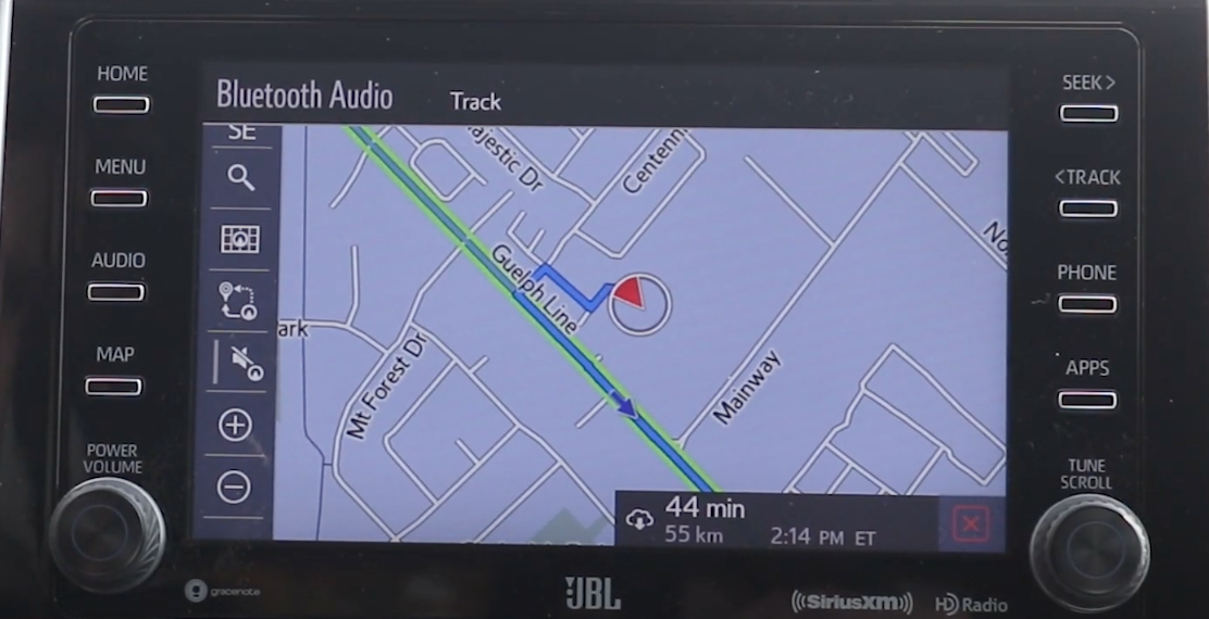Turn by turn guidance with a map view, the journey highlighted, and an arrow indicating where the user is in real time