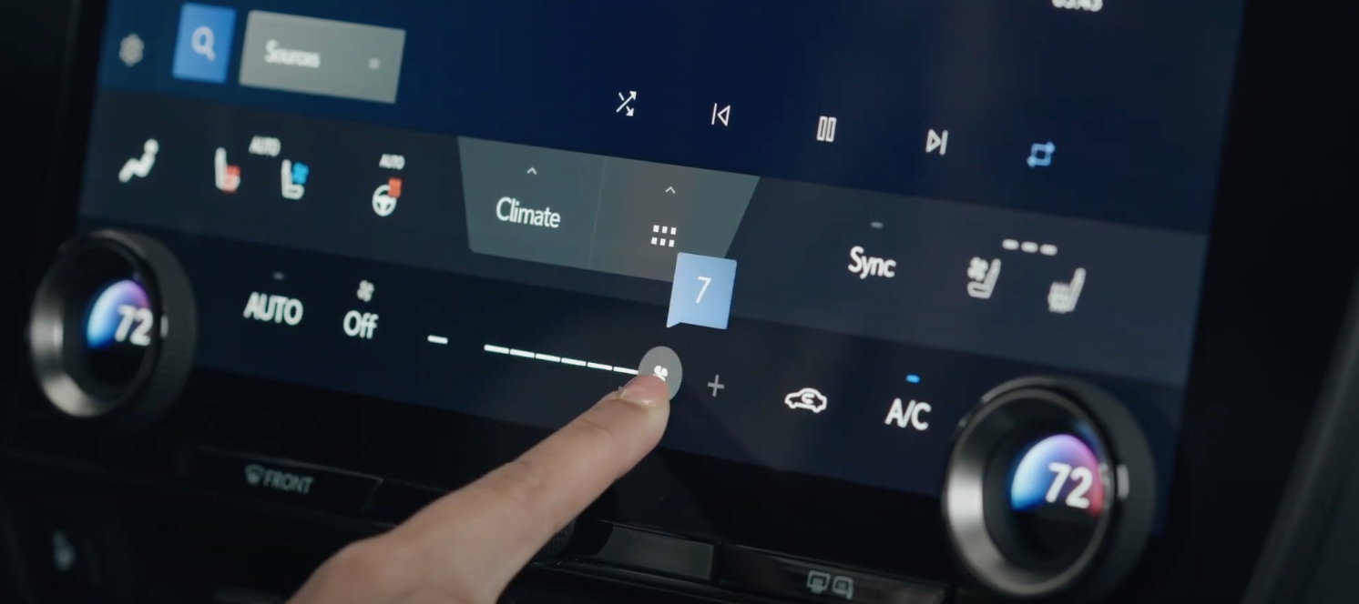 Arranging climate setting through digital buttons and physical dials