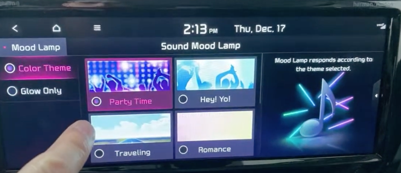 Four different moods to choose from displayed as a gallery of colours with an illustration of flashing lights on the side