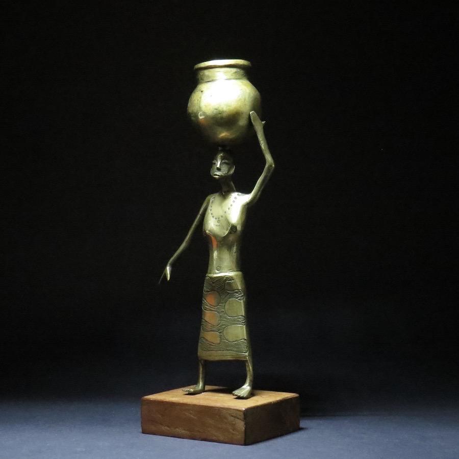 Prestige Figure