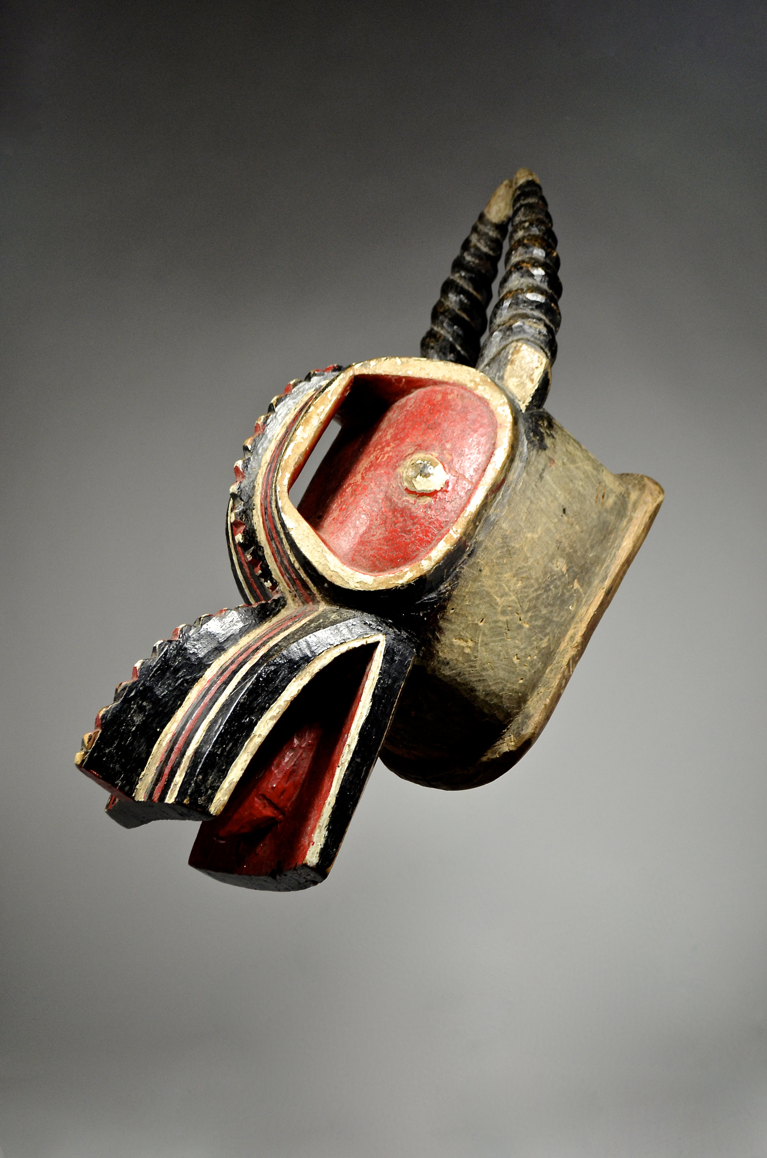 Baule 'Goli Glin' mask