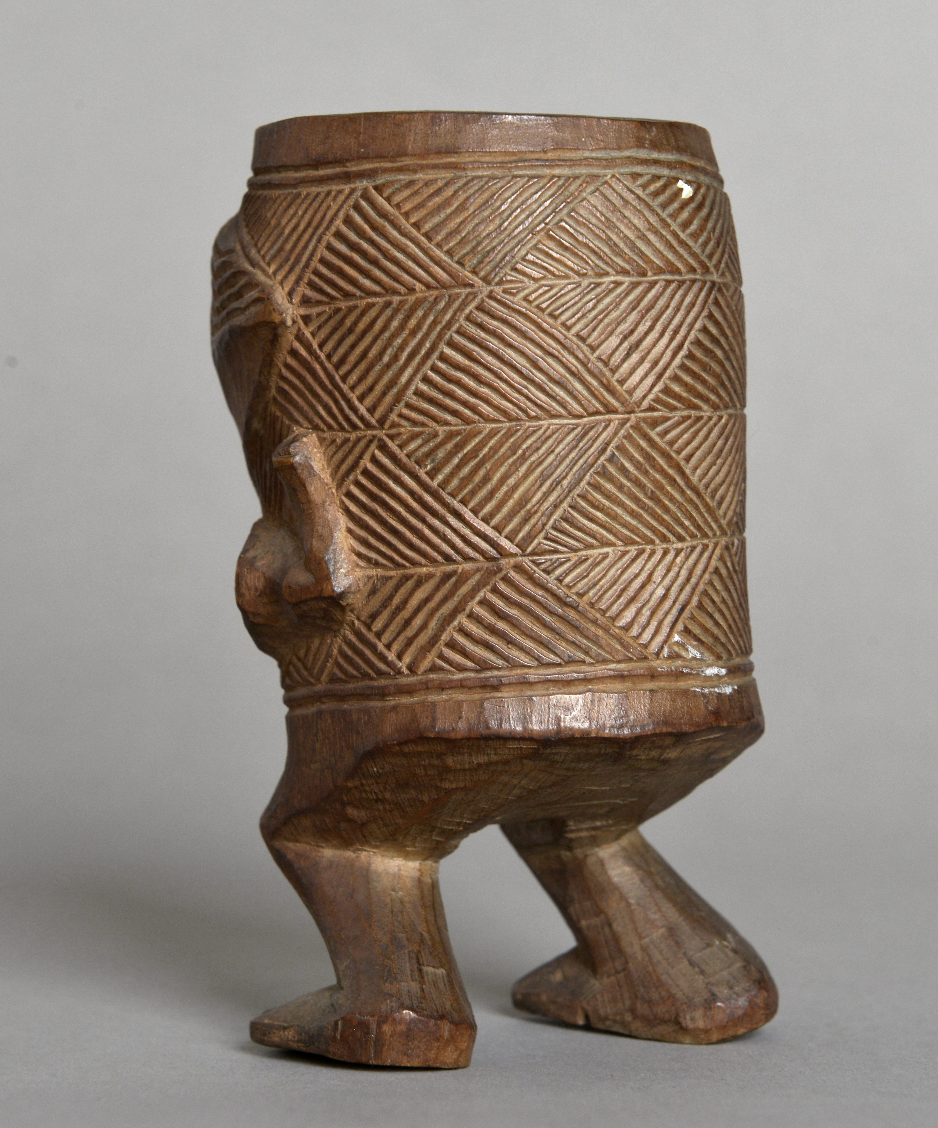 Pende palmwine cup