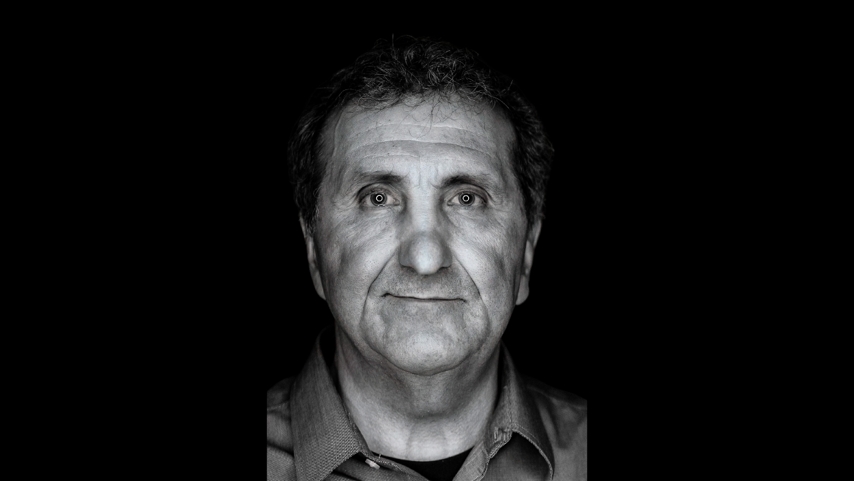 The Stories Behind The Photographs - Through The Lens of Pete Souza
