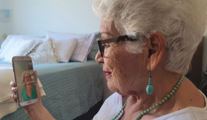 Online Communication from Platforms like Zoom and GetSetUp Have Positive Health Benefits For Older Adults