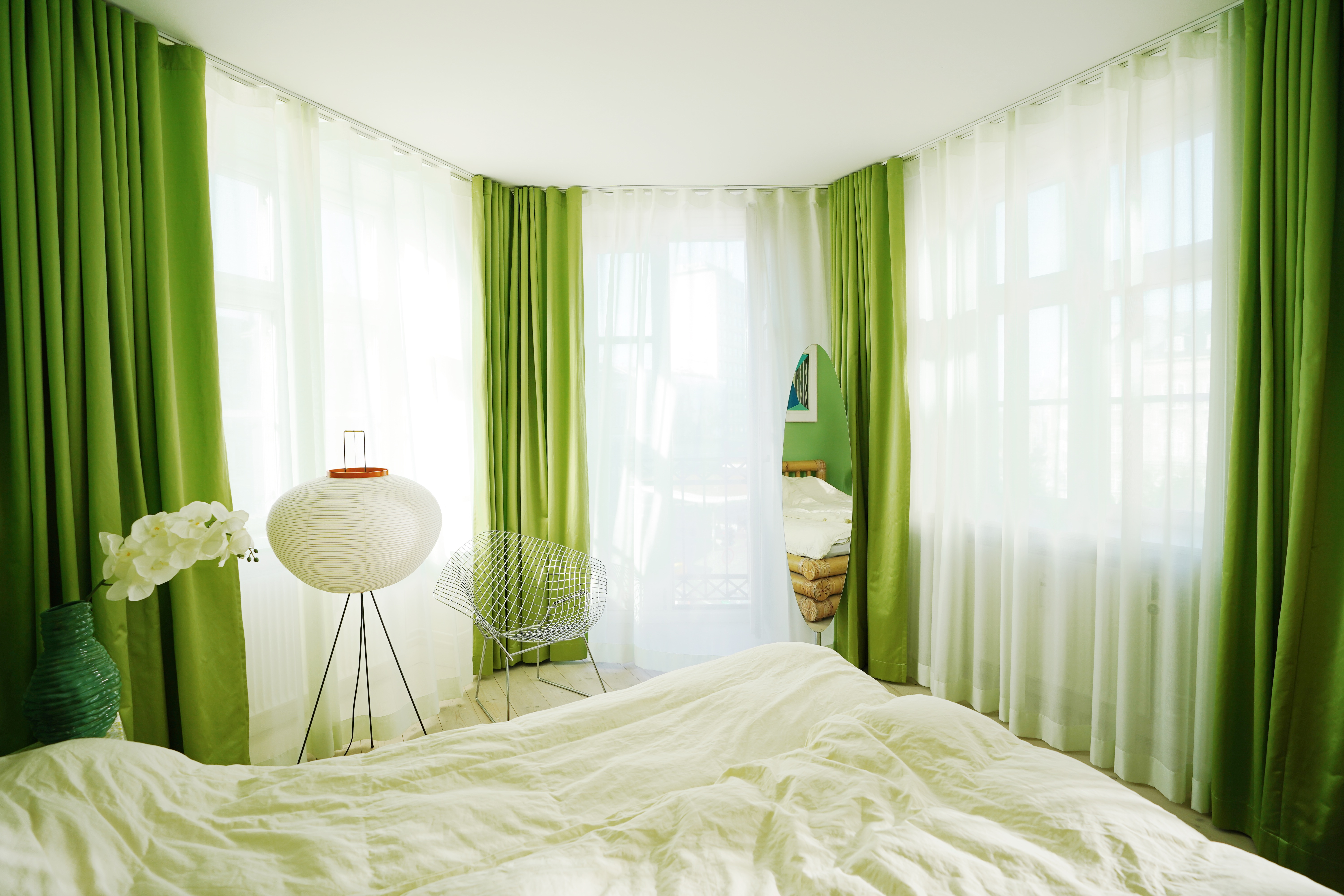 Green curtains from Arne Aksel in Marie Jedig's Apartment