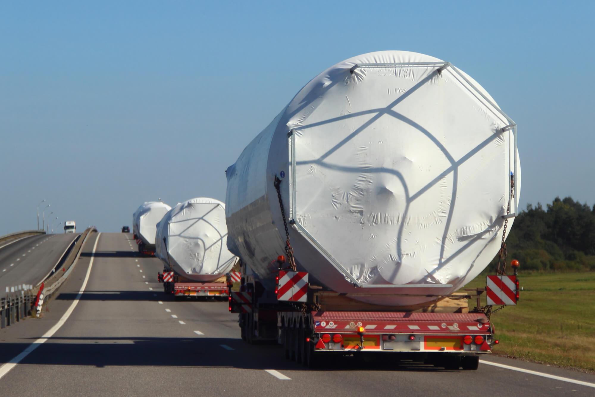Spezialtransporte im europäischen Landverkehr mit oder ohne Bewilligungen